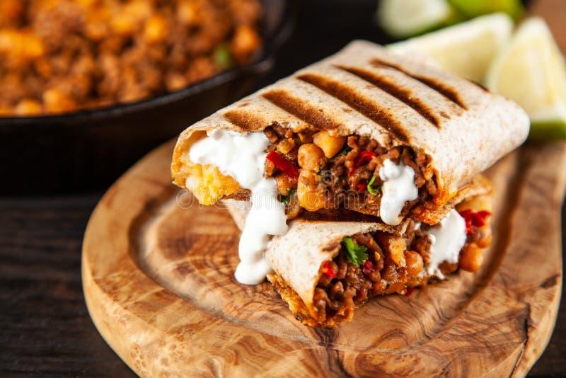Burrito di manzo messicano immagine stock libera da diritti