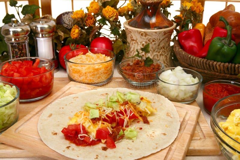 Burrito do pequeno almoço fotografia de stock royalty free