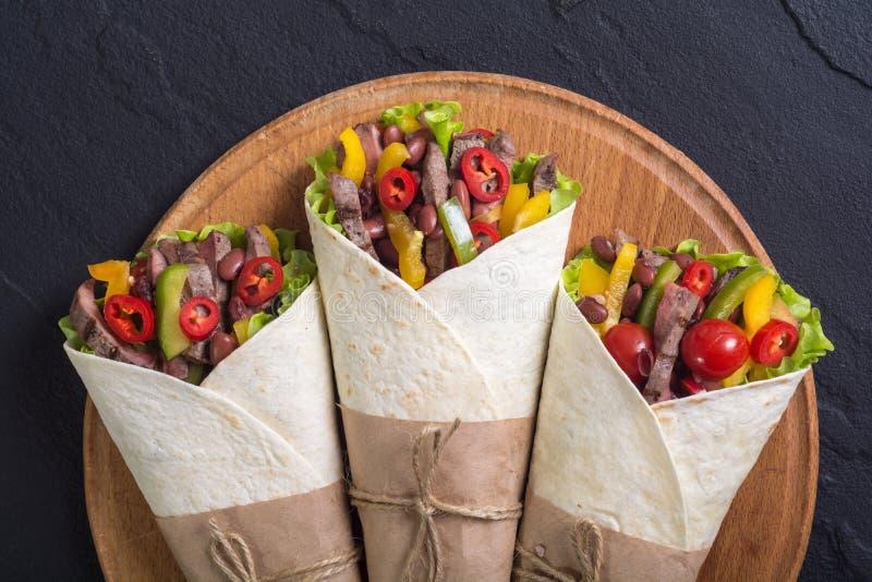 Burrito met rundvlees stock afbeelding