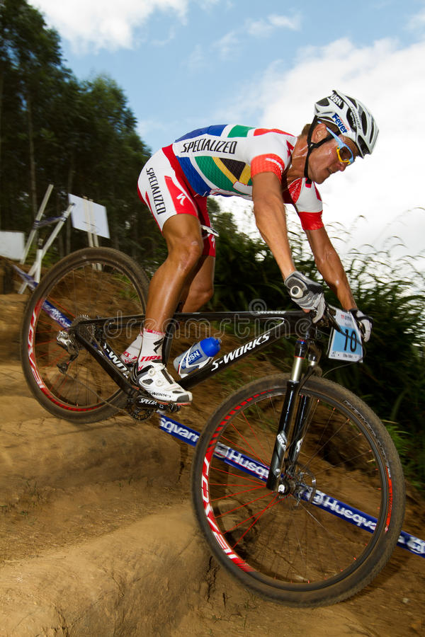 Download Burry Stander At Momentum Health International Editorial Photography - Image of competitor, mountain: 23872072