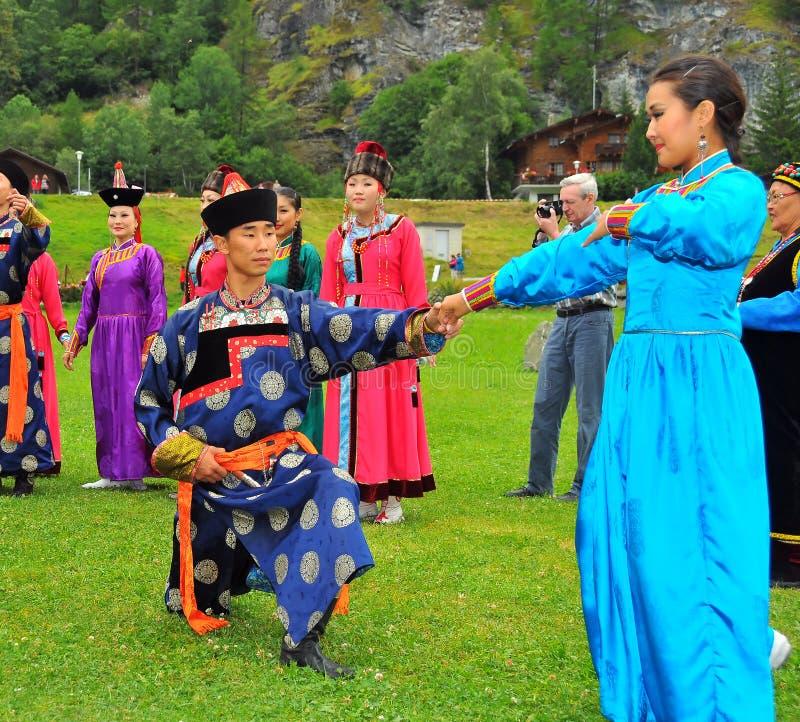 Buryat Tanz-Gruppe lizenzfreies stockbild