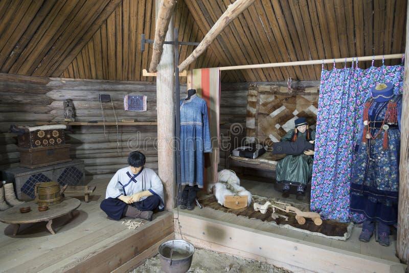 Buryat Yurt的内部在建筑和民族志学博物馆'Taltsy' 伊尔库次克地区 库存照片