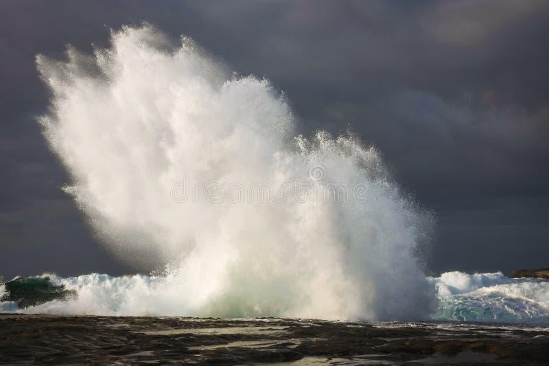Burz morza i falowy wybuch fotografia royalty free