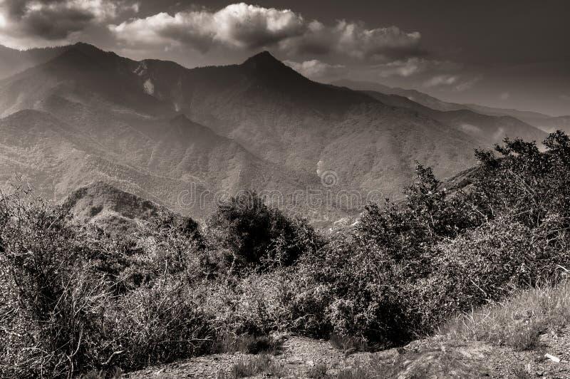 Burza nad górami sekwoja park narodowy fotografia stock