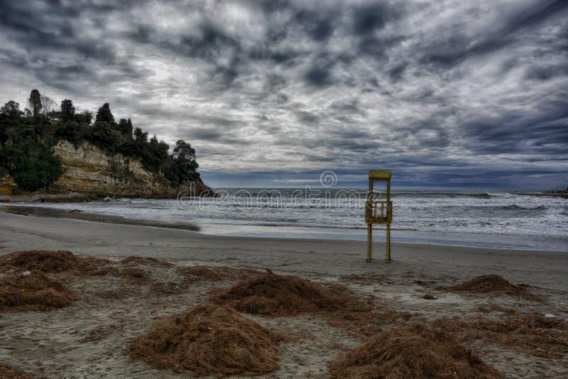 burzliwe na plaży obrazy stock