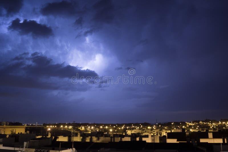 Burzowa noc w Puerto realu zdjęcia royalty free