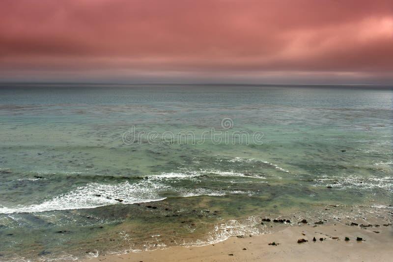 Burzowa ocean panorama zdjęcia stock