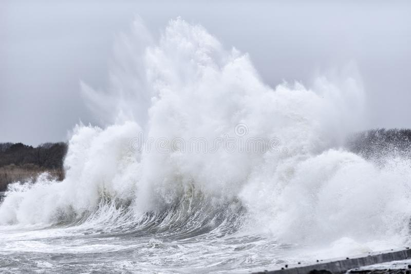 Burzy kipiel wzdłuż ocean przejażdżki obrazy royalty free
