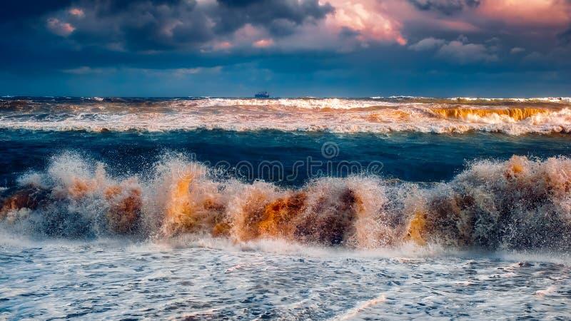 Burzy seascape widok zdjęcie stock