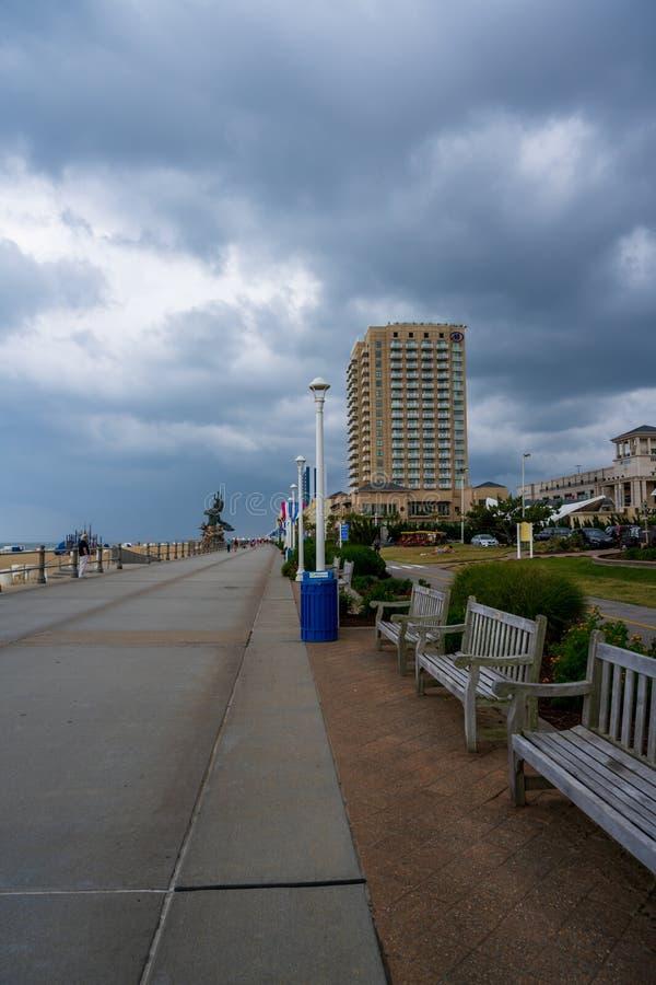 Burzy zagrożenie nad Virginia plaży Boardwalk obraz royalty free