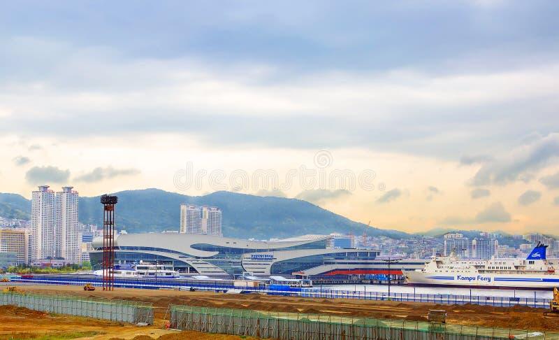 Busán, puerto de la travesía de la Corea del Sur fotos de archivo