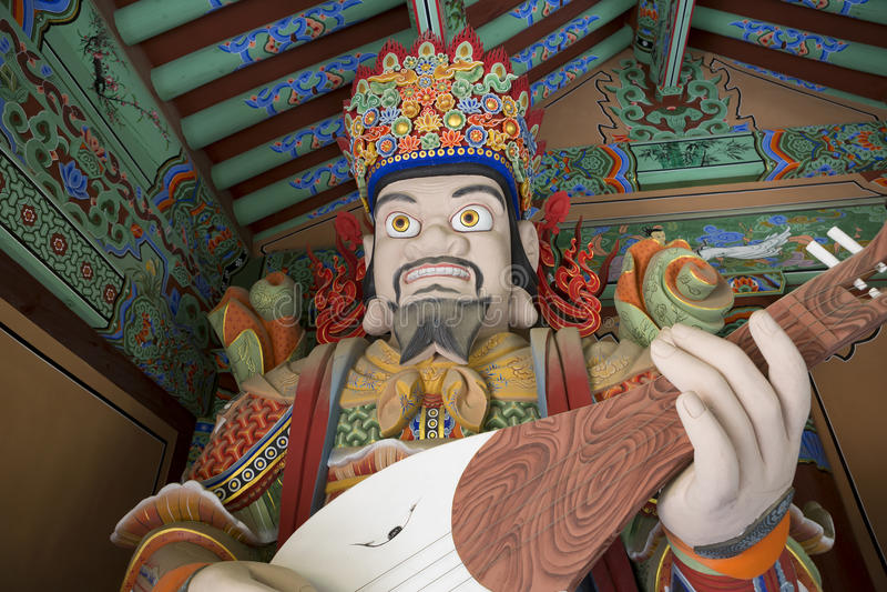 Busán, templo de Beomeosa de la Corea del Sur Buda imagen de archivo