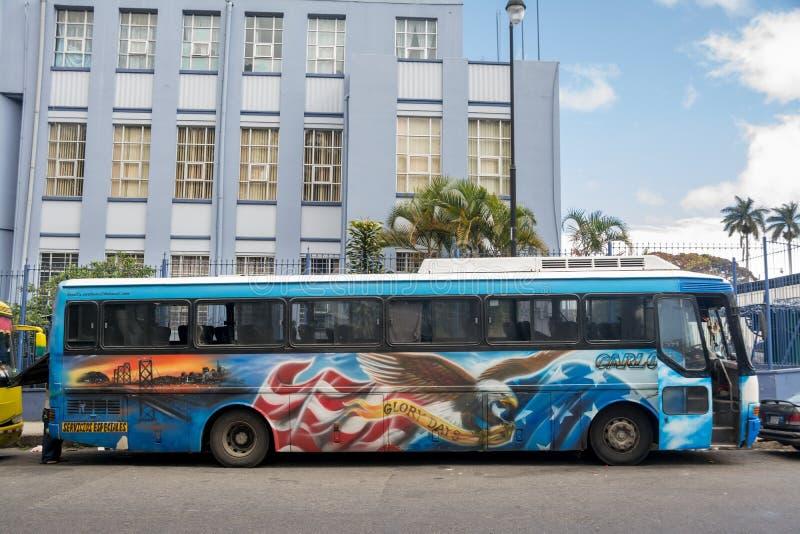 Bus decorato immagine stock libera da diritti