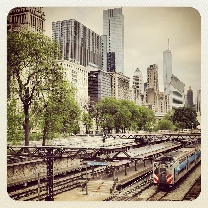 Bus e treno di Chicago CTA fotografia stock libera da diritti