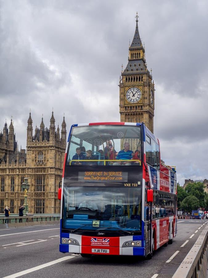 Bus facente un giro turistico, Londra fotografia stock libera da diritti