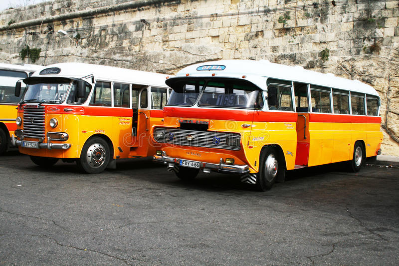 Bus maltais images libres de droits
