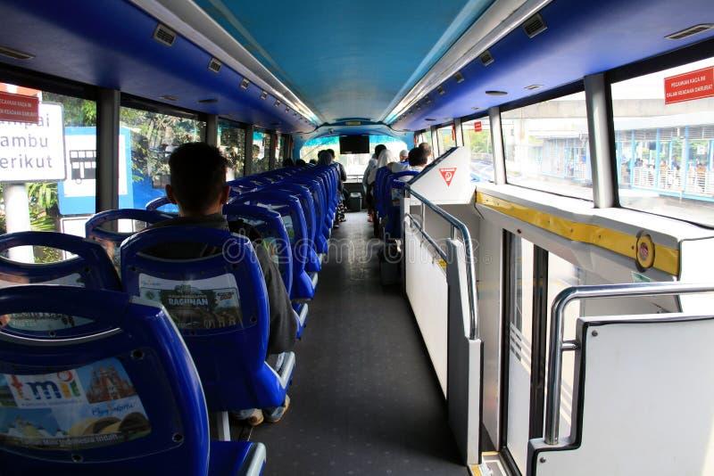 Bus touristique de ville photo stock