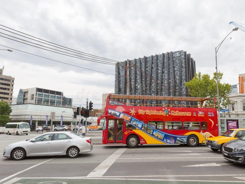 Bus turístico de la ciudad en Melbourne foto de archivo