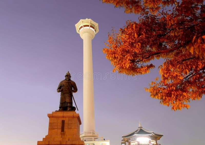 Busantoren bij nacht in Korea royalty-vrije stock fotografie