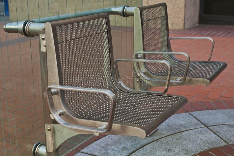 Bushaltestelle-Sitze lizenzfreies stockbild