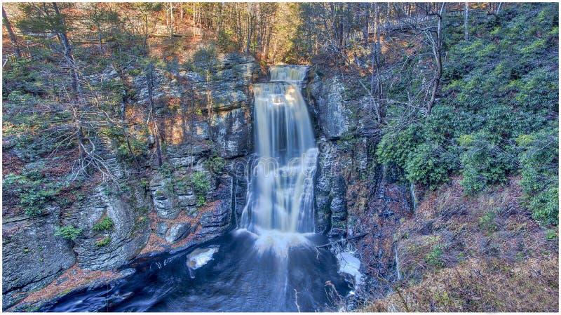 Bushkill cai ` Niagara do ` 1 de Pensilvânia imagem de stock royalty free