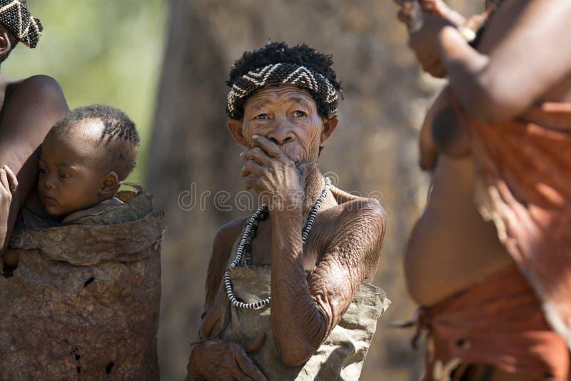 Bushwoman de San fotos de archivo