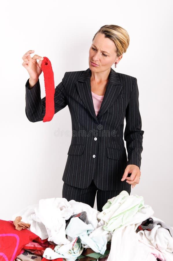 busines laundering женщина стоковые фотографии rf