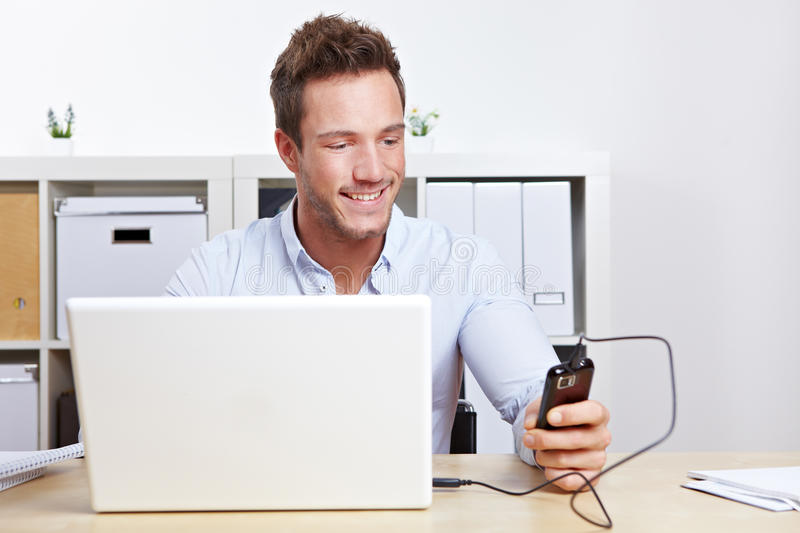 Download Business Man Connection Cell Phone Stock Image - Image: 23386555