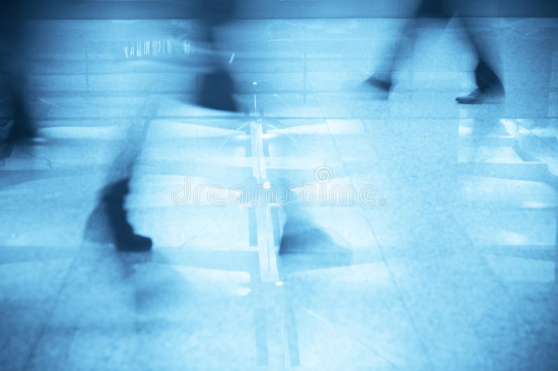 Download Business Man Walking In The Airport Stock Image - Image: 17314445