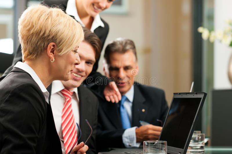Download Business - Team Meeting In An Office Stock Photo - Image: 21408322