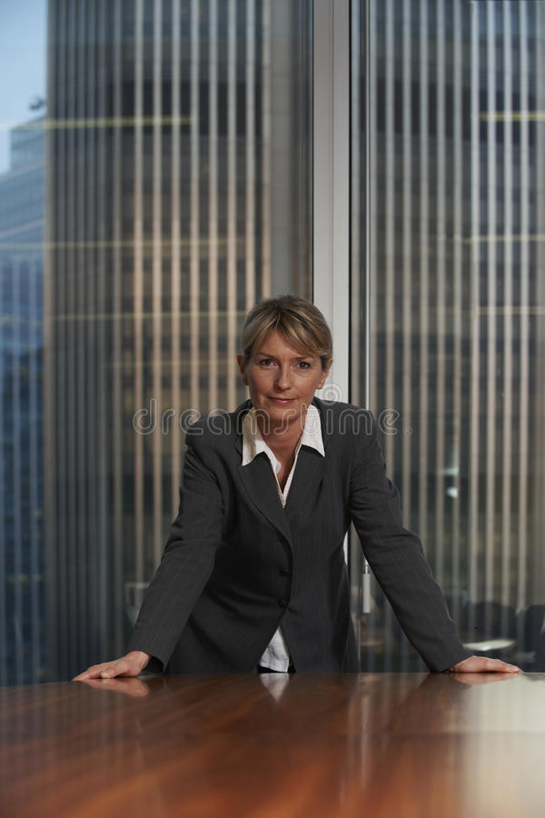 Free Business Woman Royalty Free Stock Photography - 18590997