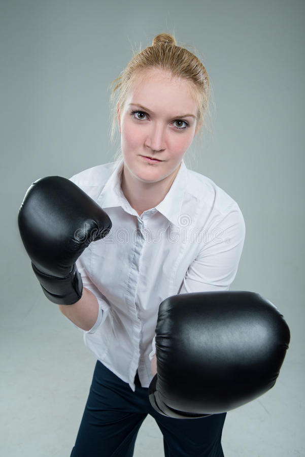 Free Business Woman In Box Gloves Ready To Fight Royalty Free Stock Images - 41894189
