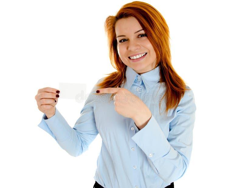 businesscard redhead γυναίκα εκμετάλλευσης στοκ εικόνα