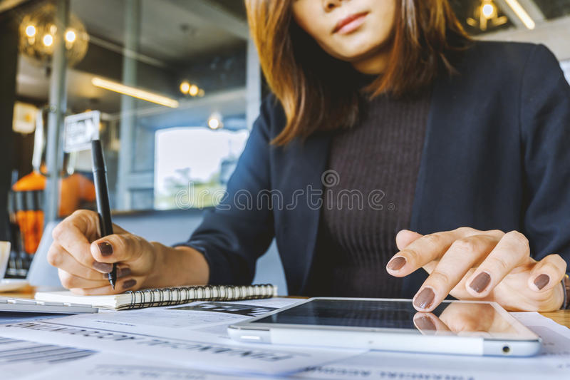 Businessgirl stock afbeeldingen