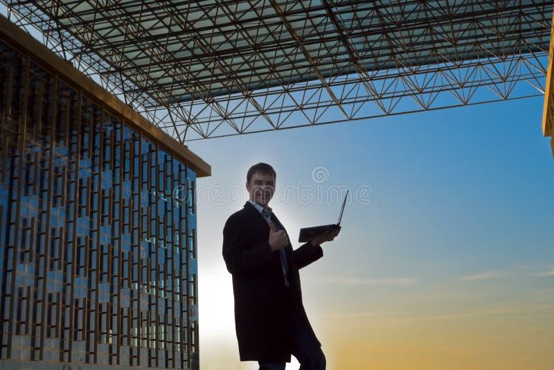 businessman laptop working young στοκ εικόνα