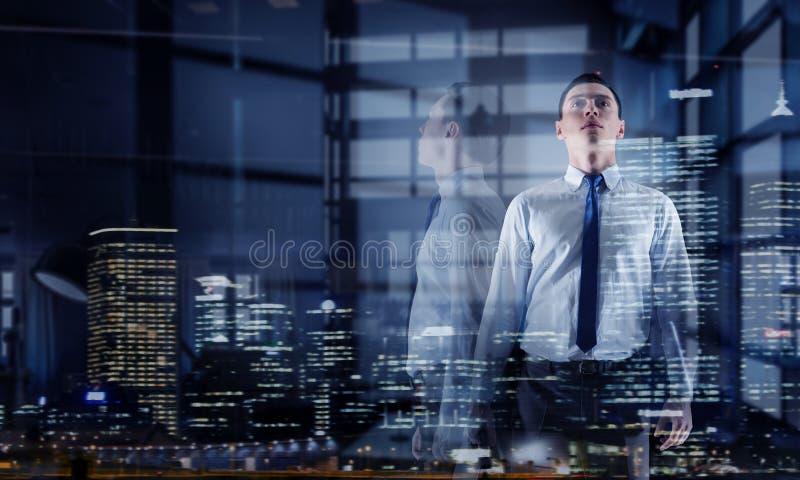 businessman modern office Μικτά μέσα Μικτά μέσα στοκ εικόνα