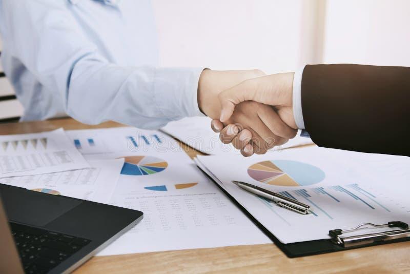 businessman shake hand royalty free stock image