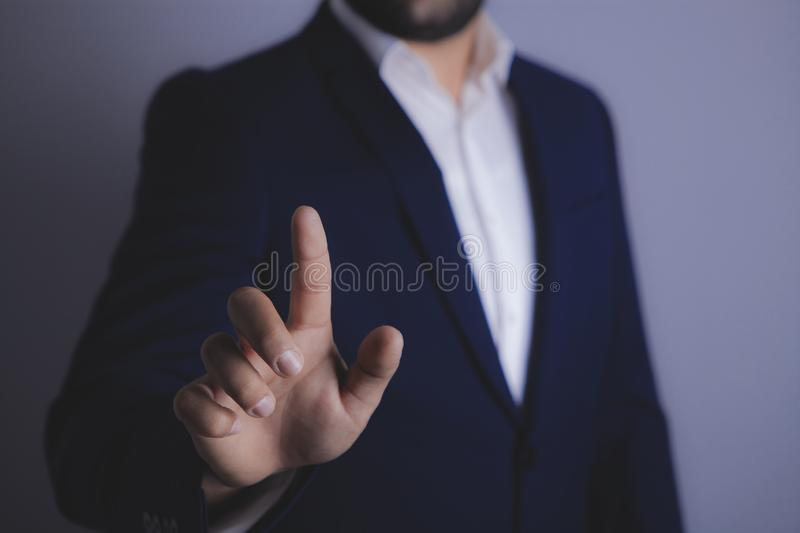 Businessman shows рука royalty free stock image