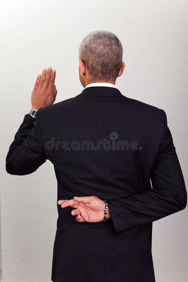 Free Businessman Taking Oath Royalty Free Stock Photography - 17658447
