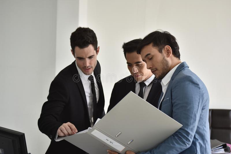 Businessmen Employees or business people are delighted to receive good news. royalty free stock photos