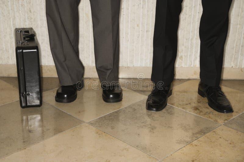 Businessmens Fahrwerkbeine stockfotografie