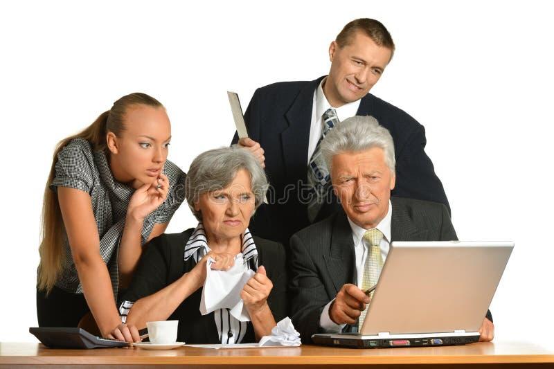 Download Businesspeople που λειτουργεί με το Lap-top Στοκ Εικόνα - εικόνα από lap, προϊσταμένων: 62721981