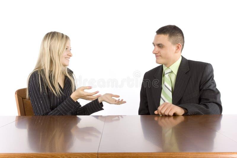 businesspeople συνομιλία δύο στοκ φωτογραφίες