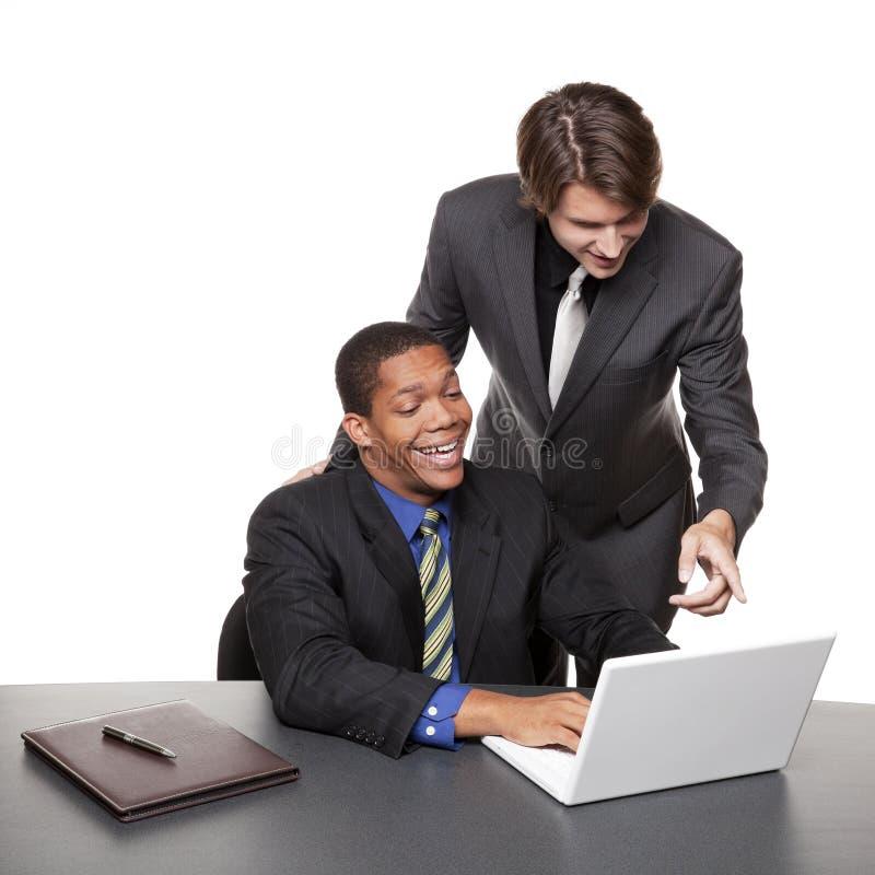 Businesspeople - lap-top διασκέψεων στοκ φωτογραφία με δικαίωμα ελεύθερης χρήσης