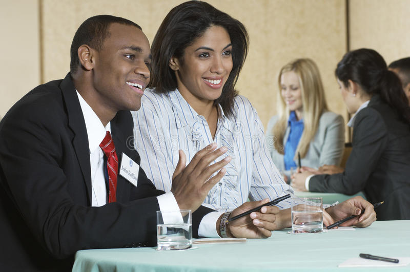 Businesspeople på konferensmötet royaltyfri foto