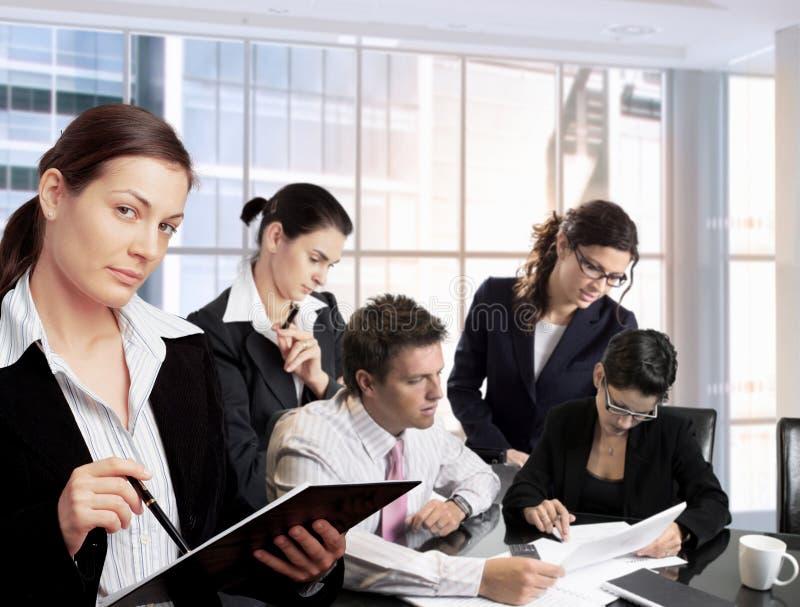 businesspeople team arbete royaltyfri foto