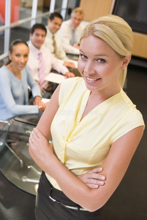 businesspeopleaffärskvinna fyra arkivfoton