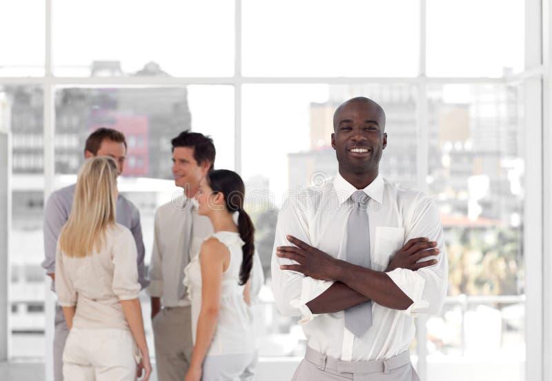 Download Businessteam mit CEO stockfoto. Bild von mann, geschäftsfrau - 9098658