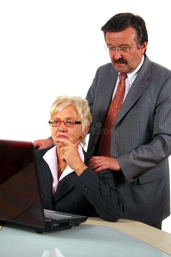 Businessteam sênior de trabalho imagens de stock