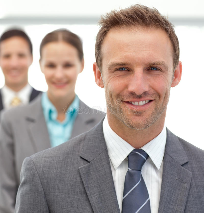 businesswman posera för affärsmän tillsammans royaltyfria bilder